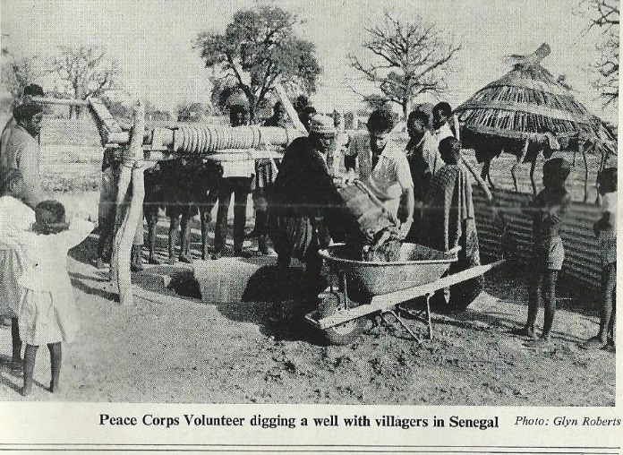 american peace corps in senegal digging wells