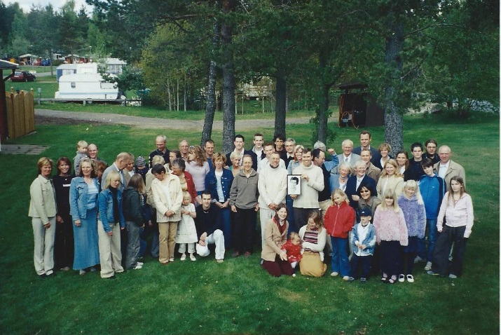family gathering for sigyn ten years on